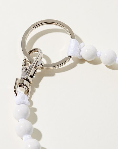 Ina Seifart Perlen Long Keyholder - White/White