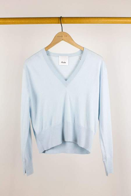 Allude V-Sweater - Light Blue
