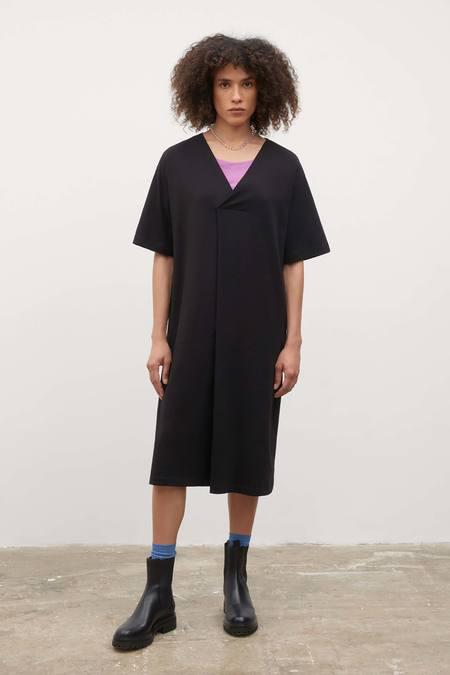 Kowtow V Neck Pleat Dress - Black