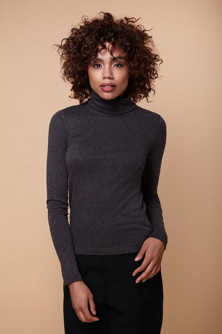 Amanda Moss Brigid Turtleneck (Charcoal)