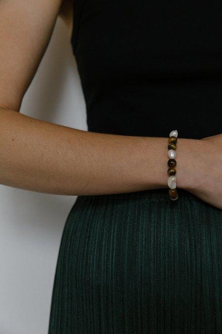 Vermeer Sage bracelet - Tiger eye/Pearl