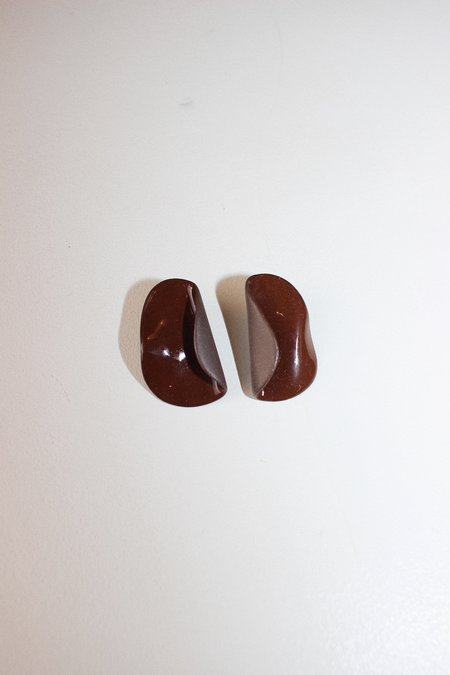 Four Eyes Ceramics fold earrings - claret