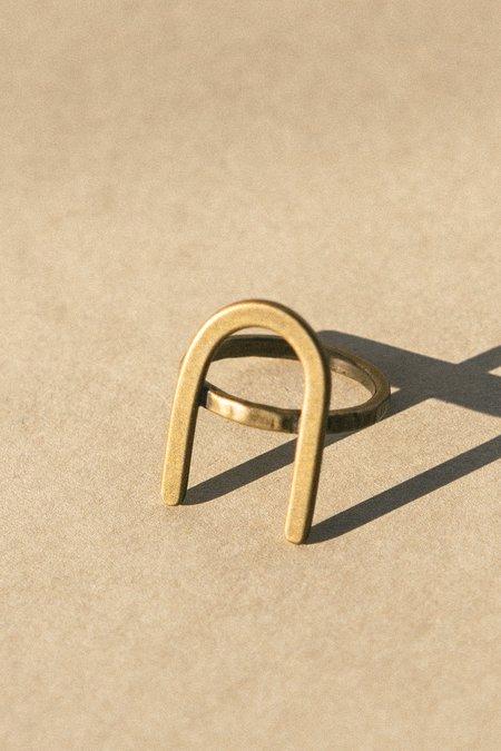 Rivet & Rise U Ring - Gold