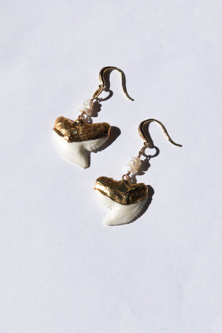 Pade Vavra Tooth Shark Drop Earrings -  Gold/White