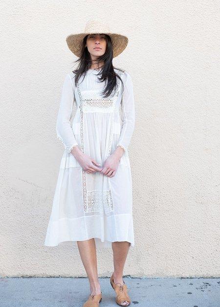 VVintage ictorian Cotton Gauze and Lace Dress - white
