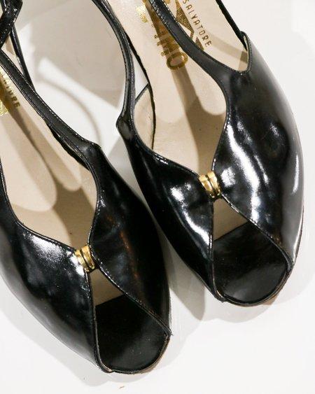Pre-loved Salvatore Ferragamo Peep-Toe Pumps - black