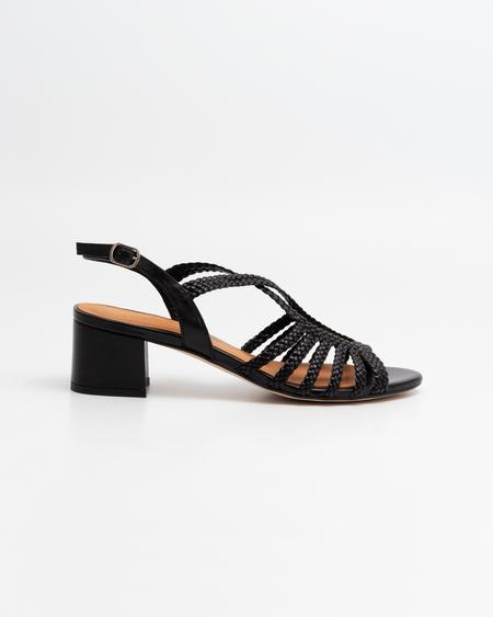 Naguisa Raco Sandals - black