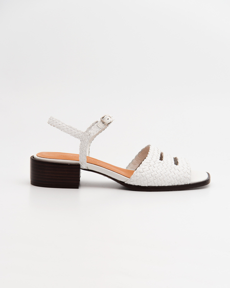 Naguisa Greda Sandals - White