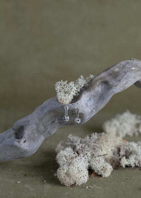 Quarry Roos Earrings - White Bronze