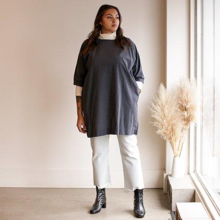 Uzi NYC Coarse Cotton Box Dress - Charcoal