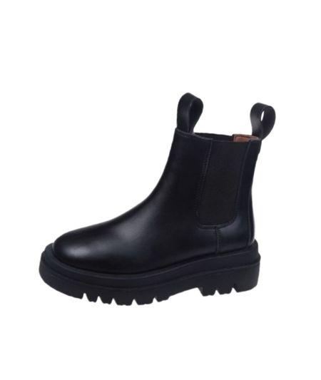 Lola Chelsea Boot - Black