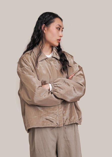 AMOMENTO Silky Padded Blouson jacket - light khaki