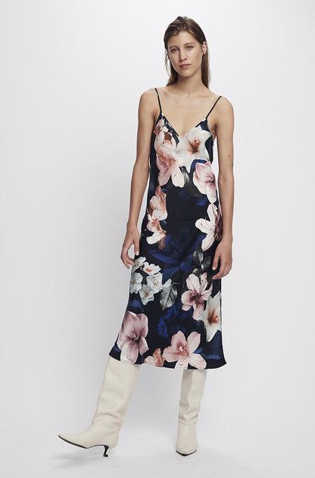 Silk Laundry 90S SILK SLIP DRESS - LILIES