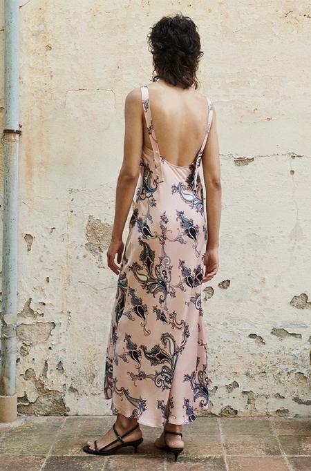 Silk Laundry DECO SLIP DRESS - PINK PAISLEY