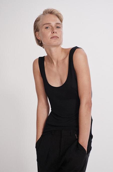 Silk Laundry RIBBED TANK - BLACK