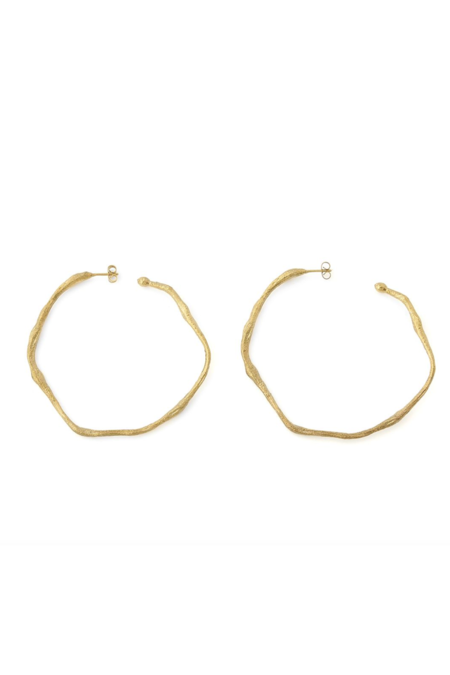 Forte Forte Sculpture Hoop Earrings - Oro/brass