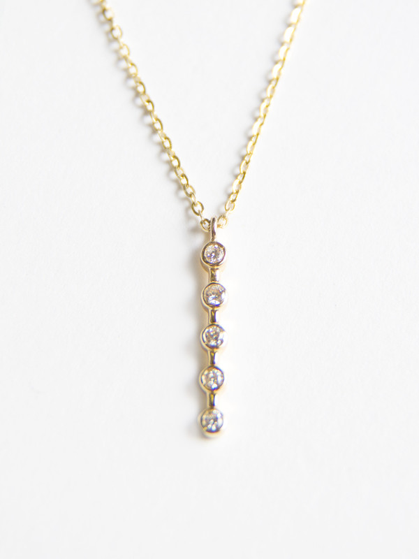 Vale Lunette Stick Necklace