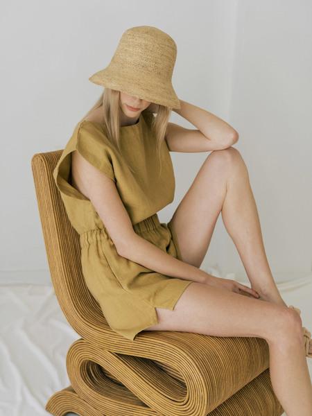 LAUDE the Label Everyday Short - Turmeric Linen