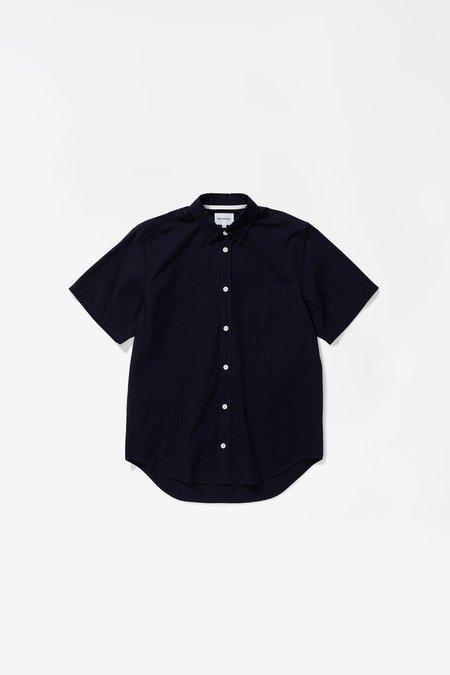 Norse Projects Osvald Micro Texture Shortsleeve Shirt - Dark Navy