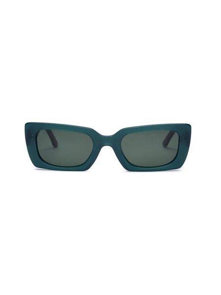 CARLA COLOUR Kenzie Sunglasses - Moss