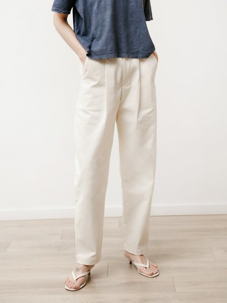Priory Long Pleat Canvas Trouser - Natural