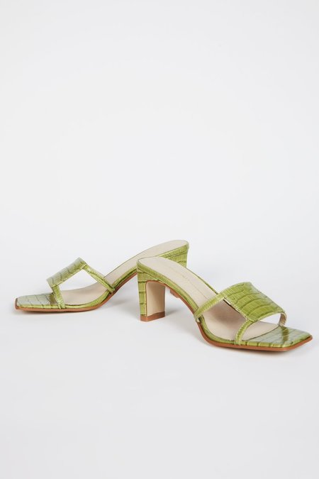 """""""INTENTIONALLY __________."""" INLOW sandals - Apple Green"""