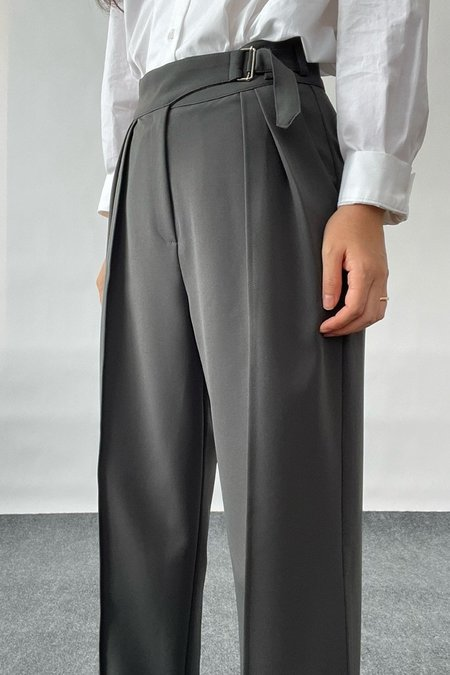 Uncover Two-way Pleat Front Trousers - Khaki Gray