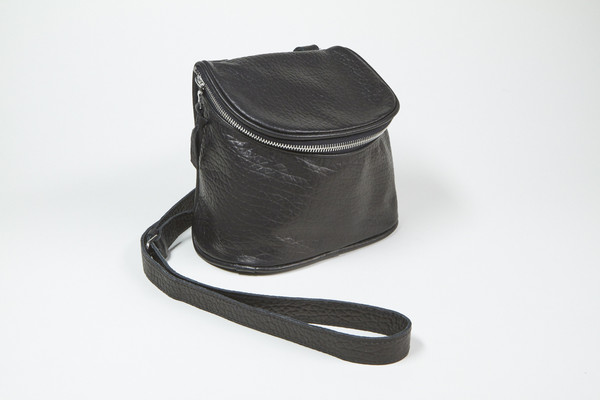 Clyde Camera Bag in Black Leather