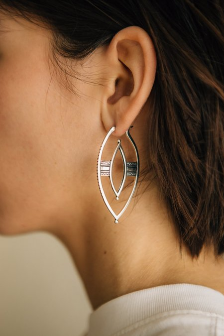 Sierra Winter Jewelry Warrior Hoop Earrings - Sterling Silver