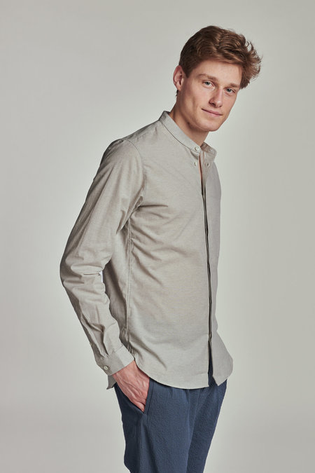 Delikatessen Zen Grandad Organic and Recycled Cotton Collar Shirt