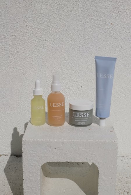 Lesse Bioactive Purifying Charcoal & Rare Flame Tree Face Masque