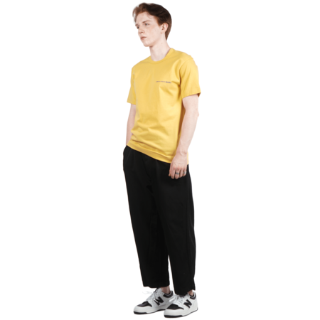 Comme Des Garcons SHORT SLEEVE SMALL LOGO T-SHIRT - YELLOW