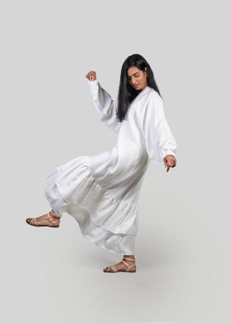 m e ç l â The Willow Dress - White