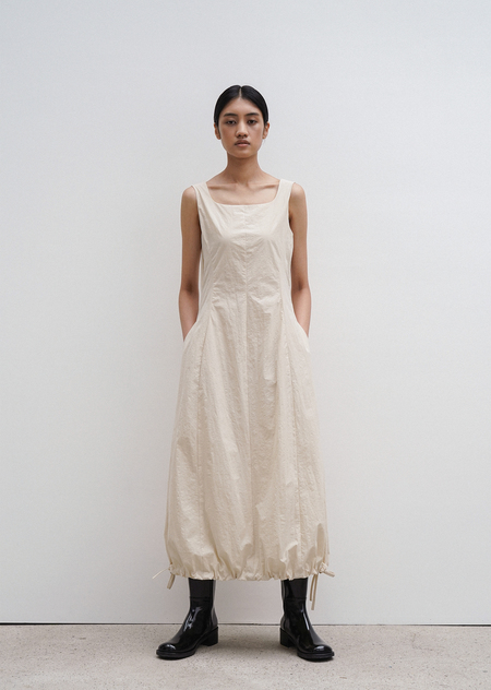 AMOMENTO Volume Dress - Beige