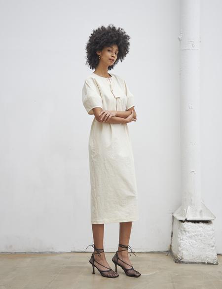 Maison De Ines FRONT LOCKED DETAIL DRESS - ivory