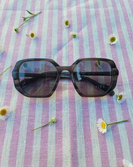 Spitfire Cut Twenty Nine Sunglasses - marble gray/gray