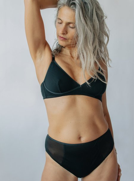 Elegance Bra & Panties Gift Box - Black