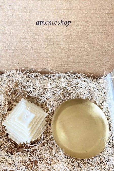 139 project Gift box set Organic Soy Wax and medium Brass plate round