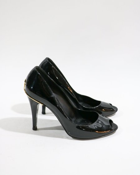 Pre-loved Chanel Patent Leather Peep Toe Pumps - black