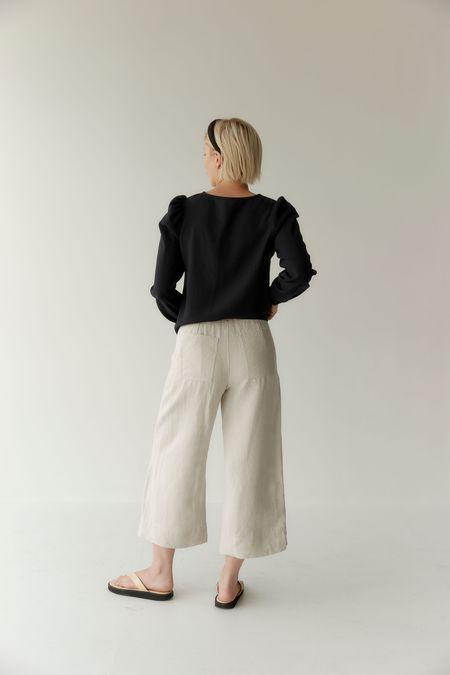 Mina Mali Cropped Pant - Natural