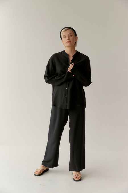 Mina Ease Shirt - Black