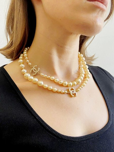 pre-loved PEARL CC CHAIN NECKLACE - gold-tone