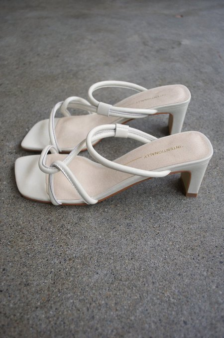 """""""INTENTIONALLY __________."""" Willow Sandals - Cream"""