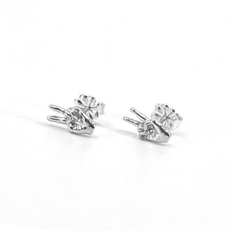 Satomi Studio Gesture Stud Earrings - Sterling silver