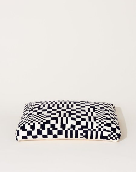 Dusen Dusen Dog Bed - Black/White Check