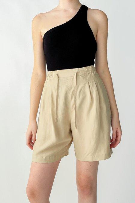 Vintage High Rise Silk Pleated Shorts - Ecru