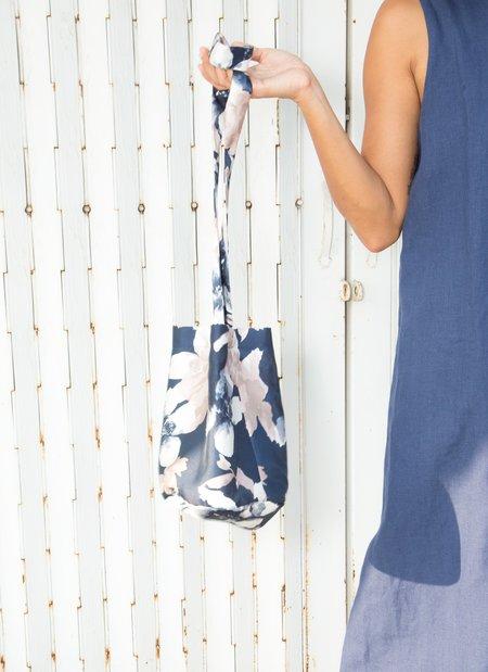 KAAREM Song Song Round Looping Straps Bucket Bag - Blue Floral Print