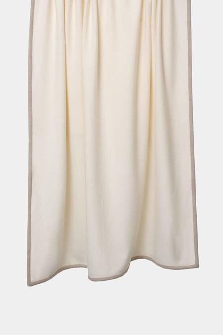 Oyuna Arte Cashmere Throw - Ivory