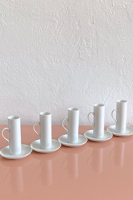 Casa Cuadra Vintage Minimalist Porcelain Espresso Cups & Saucers - White