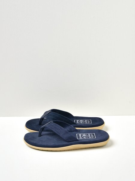 ISLAND SLIPPER CLASSIC ULTIMATE SUEDE SHOES - NAVY